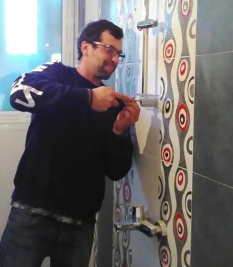 монтиране на душ смесител в баня