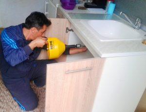 отпушване на канал на мивка ремс